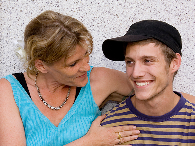 Touchstone - Adolescent Mediation and Family Therapy